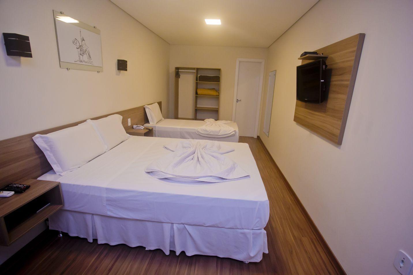 Dallé Hotel - Executivo Casal + solteiro